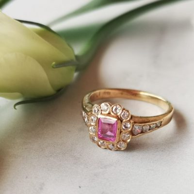 טבעת רובי מלכותית